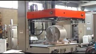 Упаковка рулонов бумаги машина AT53 компания OMS